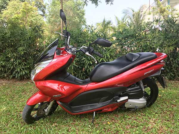 honda pcx 150cc in red available to hire from phuketspace